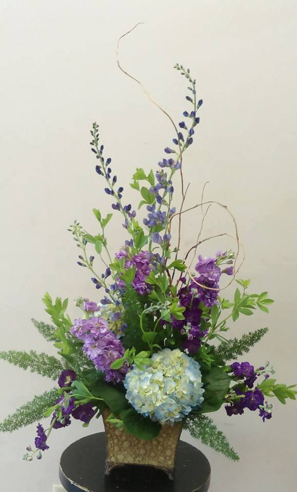 customized floral arrangements